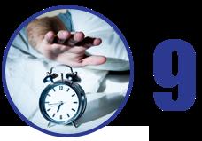 Imagem: mão estendida para alcançar o despertador